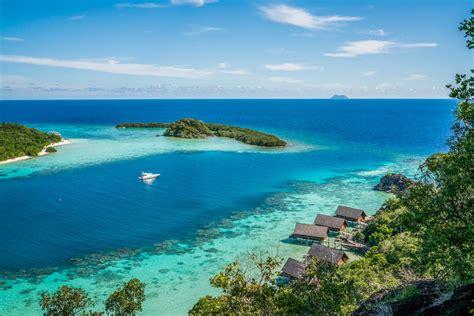 book bawah island resort luxury vacation rentals  zekkei