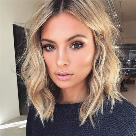 choppy bob hairstyles 1980 397 best makeup images on pinterest flawless makeup