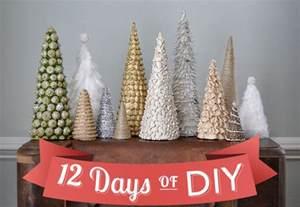 Homemade christmas tree easy holiday craft diy christmas decoration