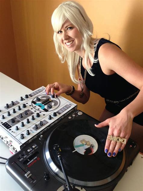 Jo In Scratching Pad scratching dj www pixshark images galleries with a