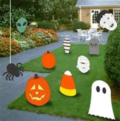 Free Wooden Yard Decorations Patterns by 1000 Images About Wooden Lawn Decor On
