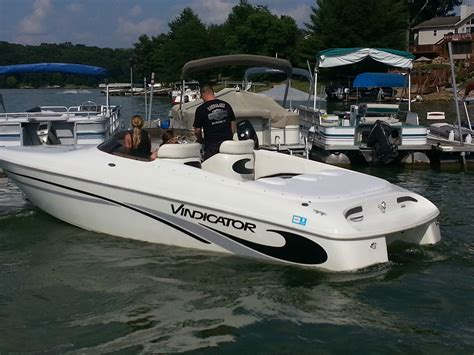 vip vindicator 1998 for sale for 16 000 boats from usa - Vindicator Boat Prices