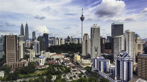 malaysia considers reopening  tourism business traveller