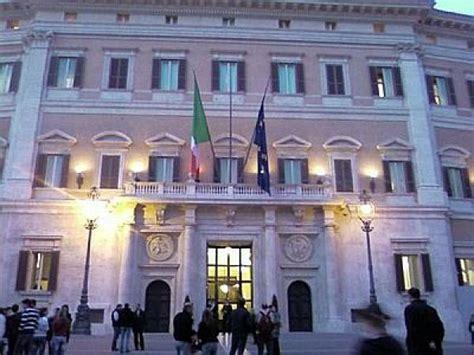 decreti consiglio dei ministri il governo accentra il controllo sulle aziende di stato