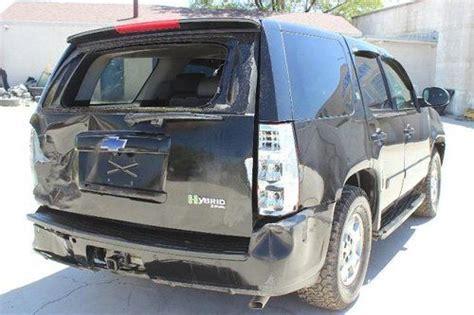 buy   chevrolet tahoe hybrid wd clean title repairable rebuilder