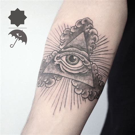 greenpoint tattoo pyramid eye eye sacred geometry line