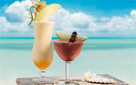 cocktail drinks on the beach tropical cocktails wallpapers and images wallpapers