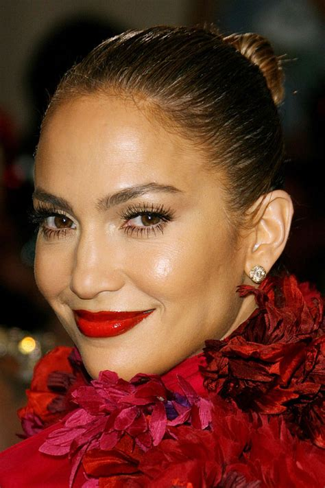 what red matte lipstick does jlo wear jennifer lopez red lipstick quotes