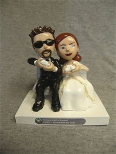 Wedding Cake Toppers Xbox by Delightful Custom Wedding Cake Toppers On