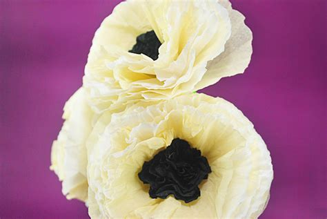 How To Make Poppies Out Of Tissue Paper - how to make tissue paper poppies 9 steps with pictures