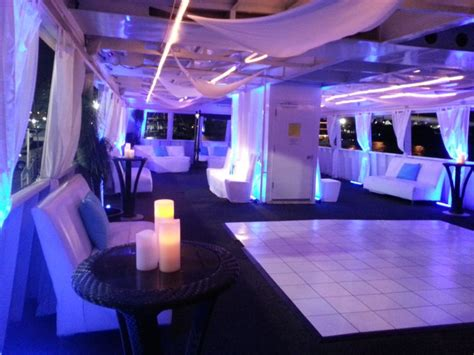 enjoy  ultimate tiki beach party boat  fort lauderdale