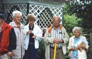 Frösche Im Garten 4416 by Jahresbericht 2005