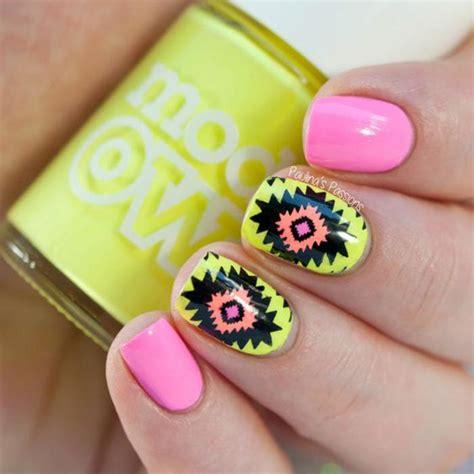 vente deco ongles invitez la couleur avec une d 233 co ongles pour l ete 224