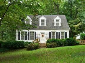 colonial cape cod home house love pinterest