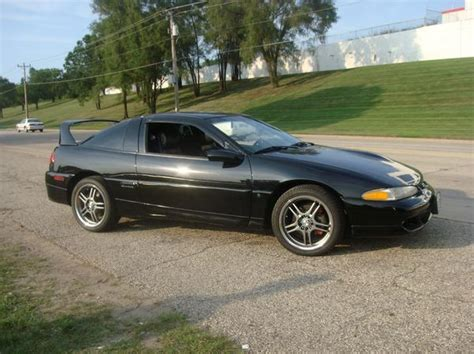 1993 eagle talon specs pictures trims colors cars com hotandwildman1 1993 eagle talon specs photos modification info at cardomain