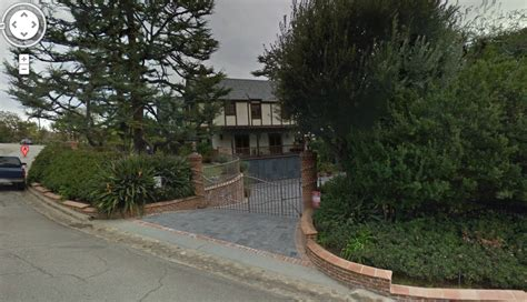 bill cosby house what weird things do celebrities have in their yards pics