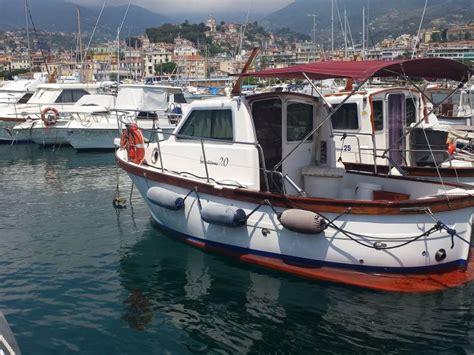 cabinato da pesca gozzo sciallino s20 cabinato in pto sanremo barche da