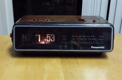 panasonic rc 6035 flip clock radio alarm works great back to the future clocks clock