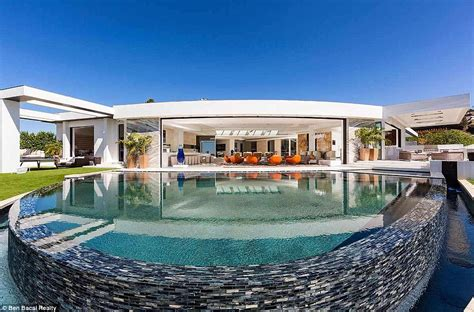 Beyonce House by Beyonce And Z To Buying An 85m Beverly