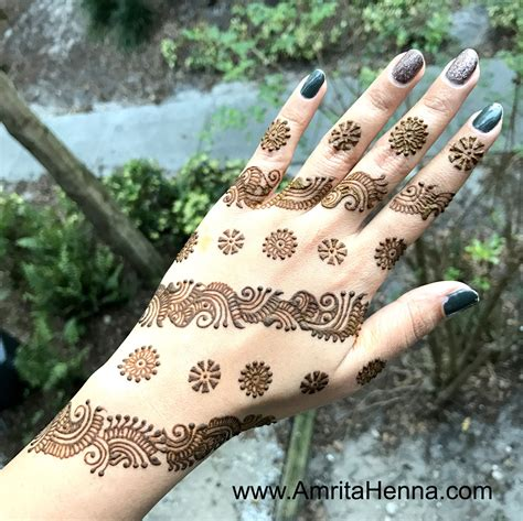 top 10 must try henna designs for your sister s wedding top 10 most unique henna designs henna tattoo mehndi art