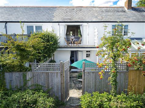 lymington cottages ropewalk cottage lymington views river vrbo