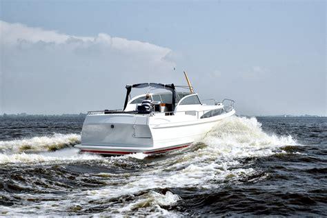 speedboot willem alexander houtbouwer gerrit hofstra bouwt d 233 boot voor koning willem