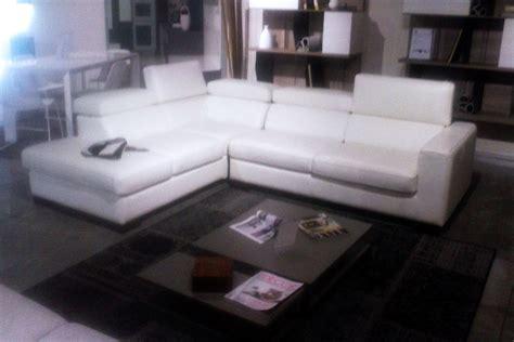 europa divani divano outlet calia europa divani a prezzi scontati