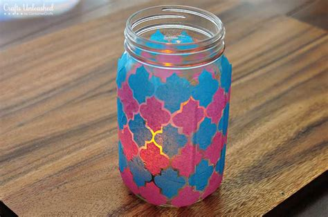 diy jar quatrefoil faux stain glass luminary
