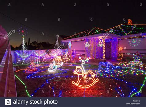 wwwkidsinadelaidecomaubest christmas lights adelaide adelaide australia 22nd december 2015 a house covered in beautiful stock photo 92331729 alamy