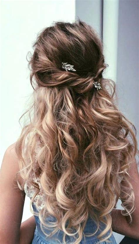 Prom hairstyles down for medium hair hairstyles