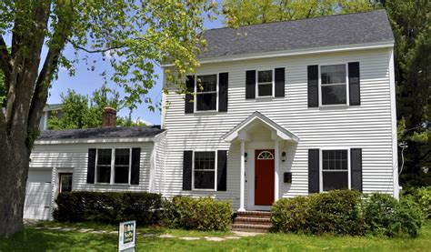 New England Saltbox House Sopo Cottage Creating An Open Floor Plan From A 1940 S