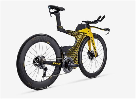 future lamborghini bikes lamborghini cerv 233 lo present the px5 triathlon bike at