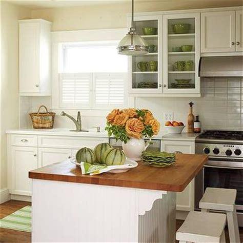 green cabinets cottage kitchen sherwin williams green cabinets cottage kitchen sherwin williams