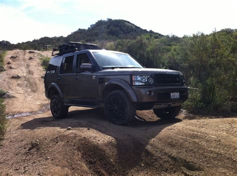 custom land rover lr4 off road 18 inch compomotive land rover lr4 google search land