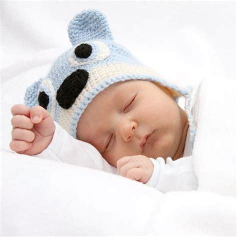 baby atmet schnell im schlaf einschlafhilfe f 252 r babys so schl 228 ft ihr baby schnell ein