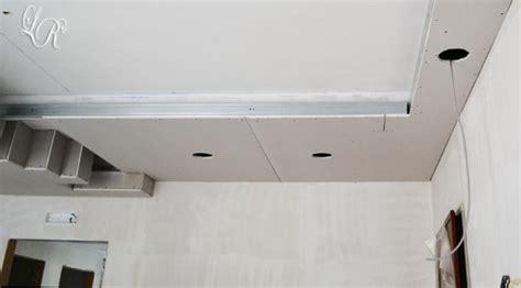 controsoffitto cartongesso con faretti mascherare l impianto di climatizzazione col cartongesso
