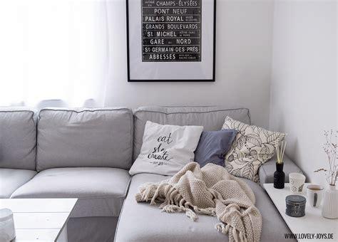 wohnzimmereinrichtung weiss grau grau wei 223 skandinavisch wohnzimmer einrichtung ideen