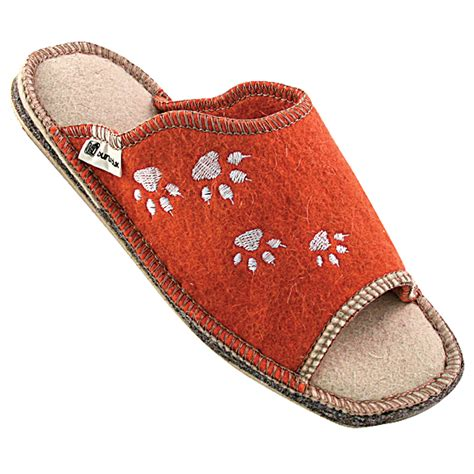 paw slippers womens paw slippers womens 28 images paw slippers womens 28