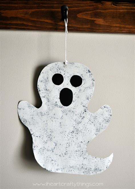 sponge painted ghost cooking with ruthie - Ghost Crafts For