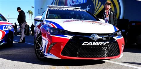 toyota official 2015 toyota camry daytona 500 official pace car