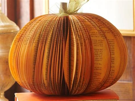 How To Make Paper Pumpkins - paper pumkin centerpiece1 e1348702133306 jpg
