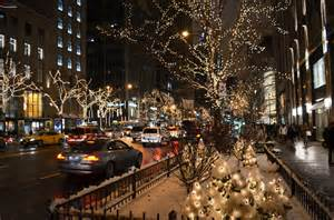 michigan avenue lights city sidewalks dressed in style molly b and me