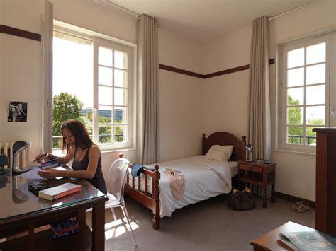 prix chambre universitaire logement 233 tudiant 224 rennes le loyer s 233 l 232 ve 224 401 euros