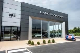 Jaguars Dealership The New Dealership Of Vpe Pontoise Jaguar Landrover