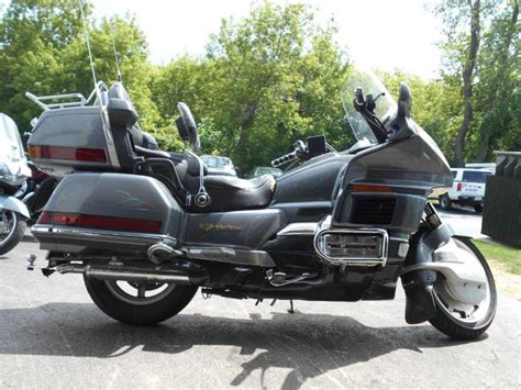 buy 1988 honda gold wing 1500 touring on 2040 motos