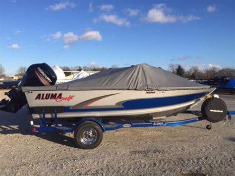 alumacraft boat ladders alumacraft trophy 175 boats for sale boats