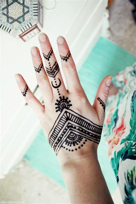 25 best ideas about tattoo auf der hand on pinterest