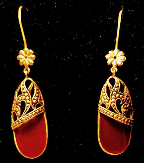 Handmade Gold Earrings Uk - antiques handmade 24 ct gold earrings with corniola