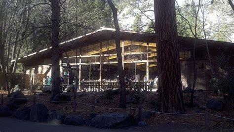 The Ahwahnee Hotel Dining Room Yosemite Valley Lodge Wikipedia