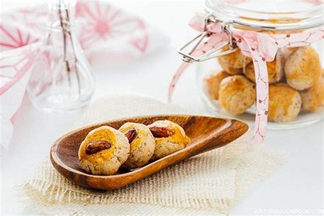 traditional new year cookies recipe traditional japanese almond cookies